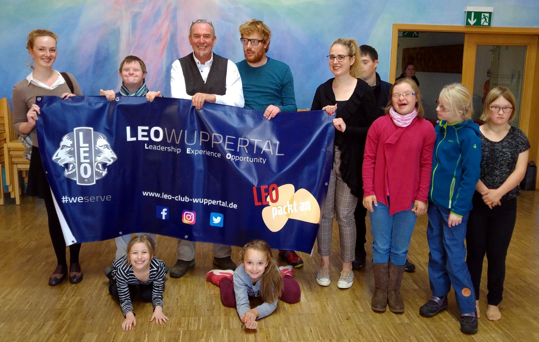 Leos unterstützen Integratives Tanztheater Wuppertal
