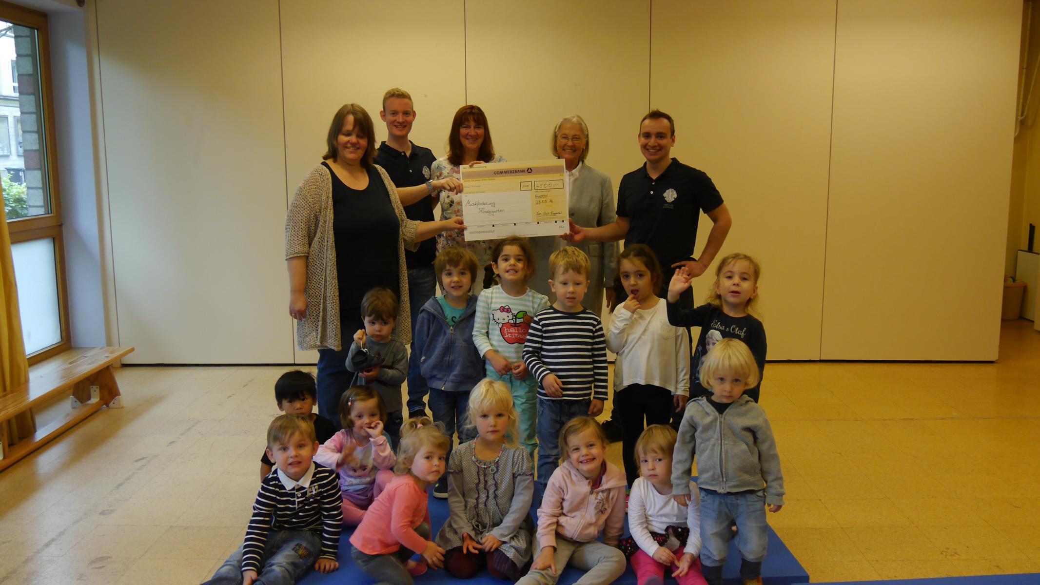 Leo Club Wuppertal spendet 4.500 Euro für frühkindliche Musikerziehung